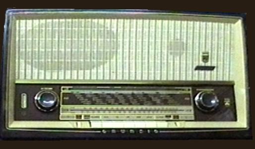 http://www.sterkrader-radio-museum.de/eigenelp/radio/rad.grundig.2120.jpg